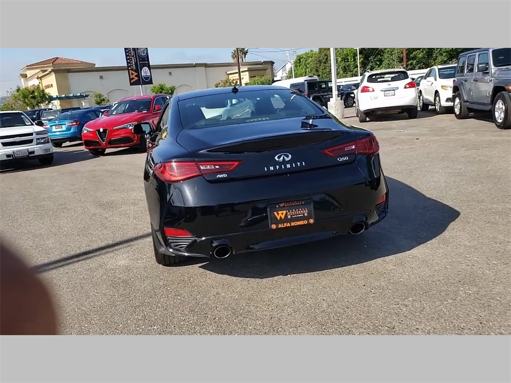 Pre-Owned 2019 INFINITI Q60 3.0t LUXE